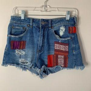 Bullhead mom shorts!